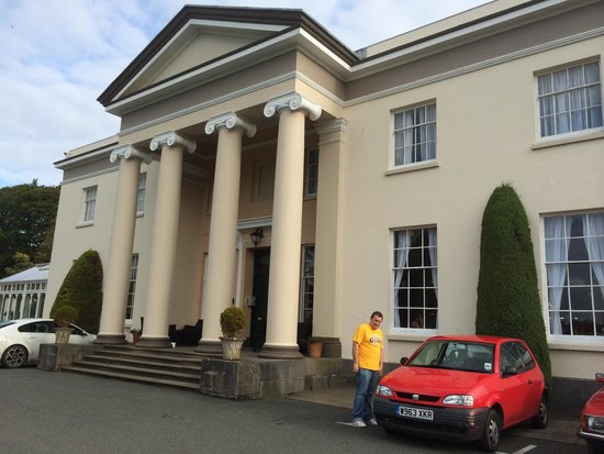 BEST WESTERN Lamphey Court Hotel: Front entrance