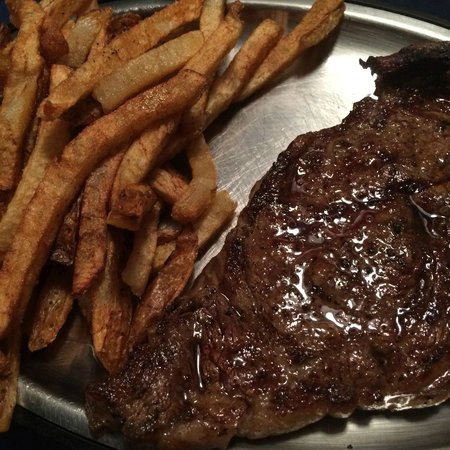 Kennedy Steakhous: Delicious Steak & Hand-cut Fries!