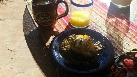 Adobe Hacienda Bed & Breakfast : Yummy Breakfast