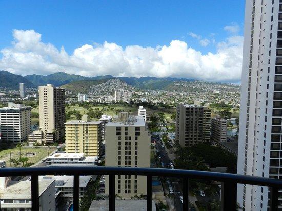Hilton Waikiki Beach: Mountain view room