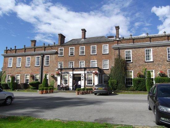Blackwell Grange Hotel: Hotel Front