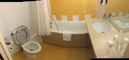 Inter-Hotel Apolonia Bordeaux Lac : salle de bain chambre 114