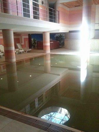 Piril Hotel: Inside pool