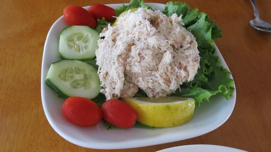 Arundel Wharf Restaurant: Avocado crab salad