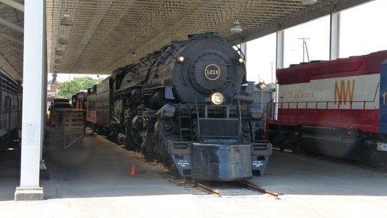 Virginia Museum of Transportation: Norfolk & Western 1218