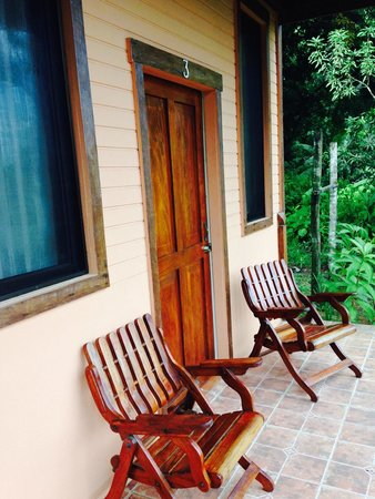 Tranquilo Lodge: Outside of room