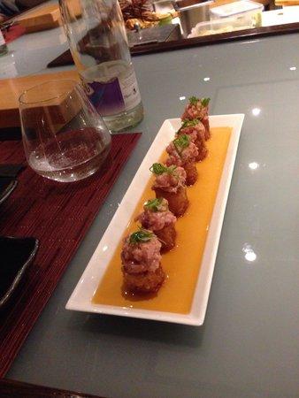 Zen Japanese Sushi Bar & Teppanyaki: Sushi frit au tartare de thon