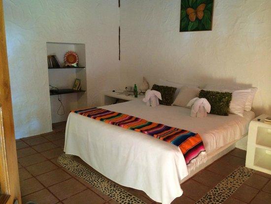 Hotel Casa Palapas del Sol : Our Room