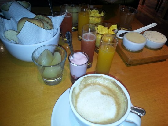 Home Hotel Buenos Aires: Delicious Breakfast