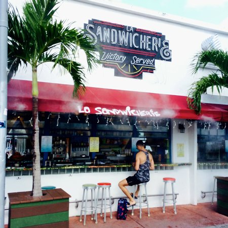 Winter Haven, Autograph Collection: Great sandwich shop 2 blocks from hotel