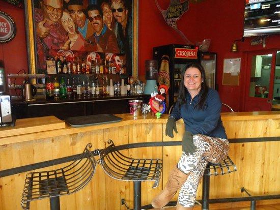 Pariwana Hostel Cusco: O bar do hostel.