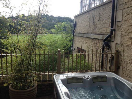 The Town House Durham: View from hot tub