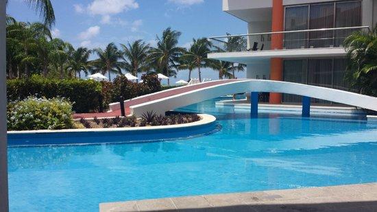 Secrets Aura Cozumel: view from patio (swim up suite)
