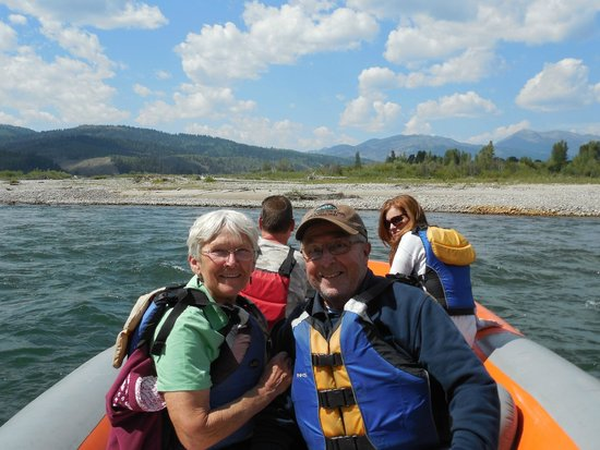 Teton Scenic Floats and Fly Fishing : Snake River Float