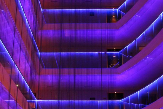 Radisson Blu Hotel Bucharest: Inside, center of the Blu, late-night