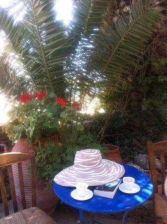 Schinoussa, Greece: Kukladitiko kous kous!!!