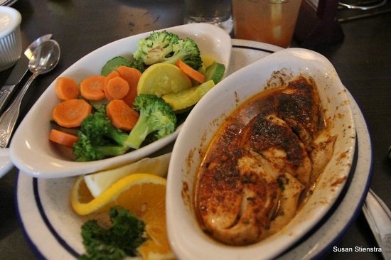 """Dooger's Seafood & Grill: """"Fresh Frozen"""" halibut and steamed veggies"""