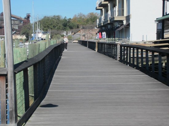Cap'n Rod's Lowcountry Plantation Tours : Harborwalk