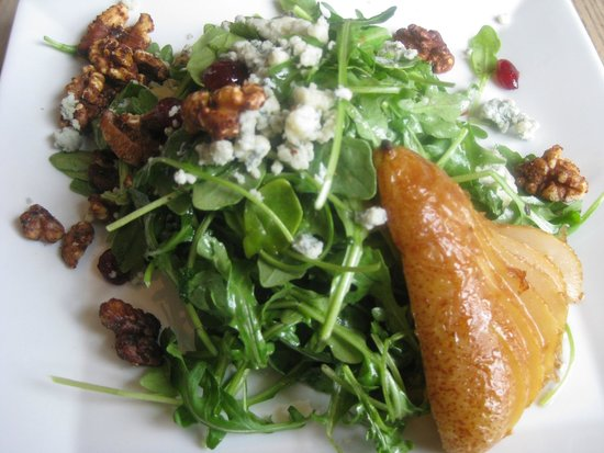 Seasons Restaurant: Maple roasted pear salad