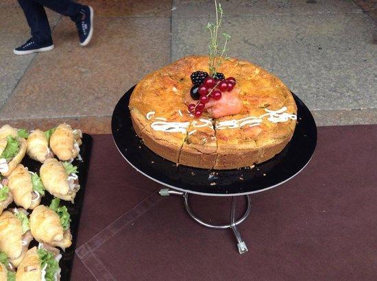 Cafe Zanarini: Altra torta salata farcita