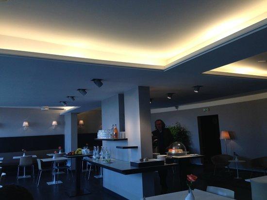 Hotel OTTO: Cafe Area