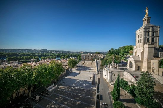 Pope's Palace (Palais des Papes): view from the top