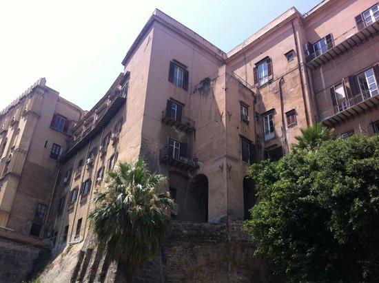 Esterno Palazzo dei Normanni