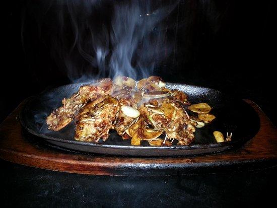 Gambas ail et piment sur plaque chauffante picture of - Plaque chauffante cuisine ...