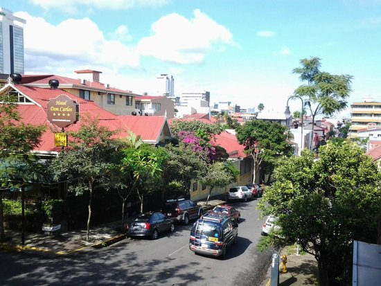Hemingway Inn: Vista desde el balcón hacia el Este