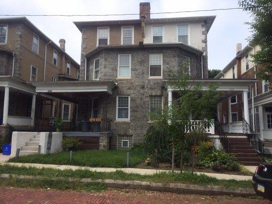 Burbridge Street B&B : Front view!