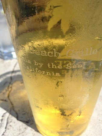 Paradise Beach Grille: Cold Beer