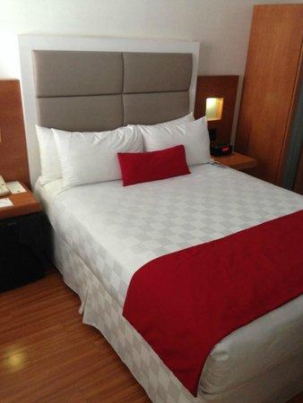 Hotel room at the Strathcona Hotel Toronto