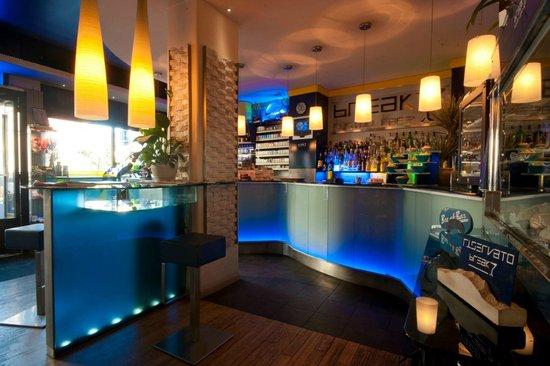 Il Salotto Varese.Il Salotto Picture Of Break Bar Fusion Cafe Varese