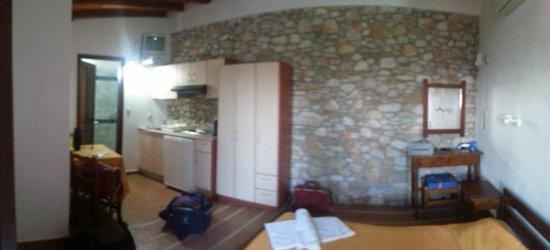 Villa Maraki: ..non fatevi ingannare dalla pietra