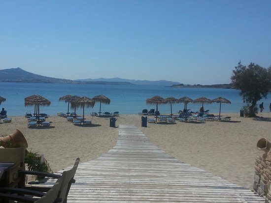 Paros Agnanti Resort : the beach (Krios) close to the hotel. View from the restaurant