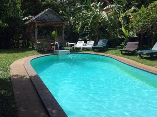 Green Villa : swimming pool