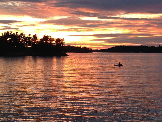 Wellesley Island State Park : Spectacular sunset from our campfire spot.