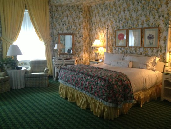 The Greenbrier : Standard room