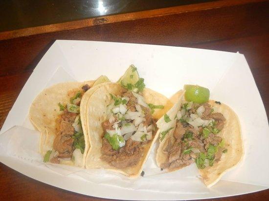 El Taquito: tacos