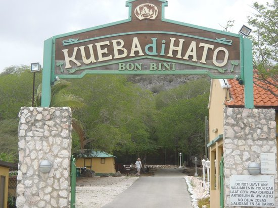 Entrance to Hato Caves