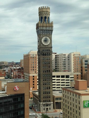 Hilton Baltimore : Our view by day
