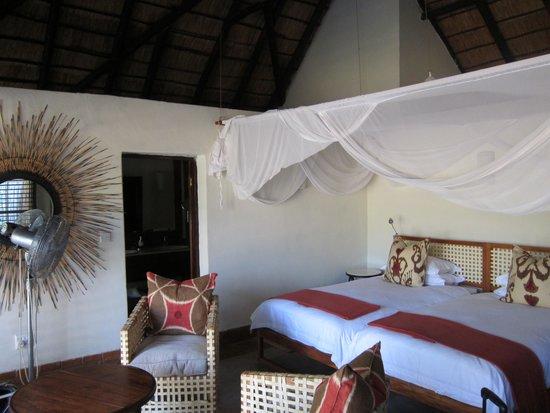 Mfuwe Lodge - The Bushcamp Company: Our Room