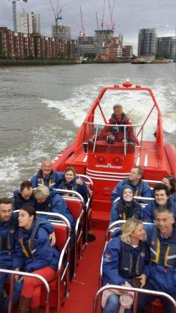 Thames Rockets: 12 Happy Sailors