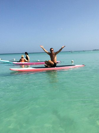 Country Country Beach Cottages: paddleboard yoga