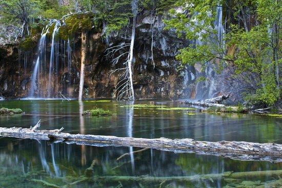 Hanging Lake: Early morning view