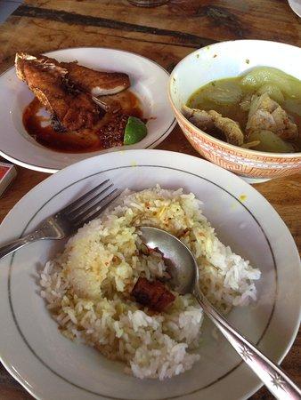 Warung Mak Beng: my super lunch!