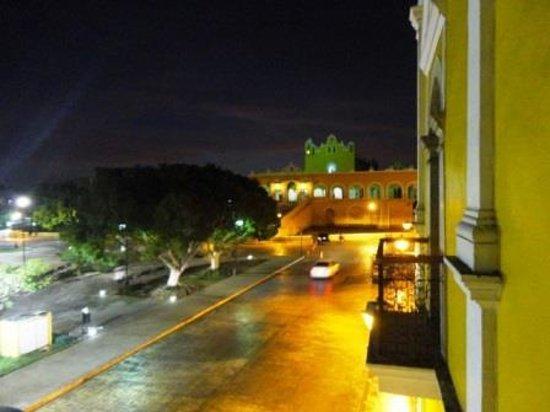 Hotel San Miguel Arcangel: Vista del Convento desde el balcón del hotel