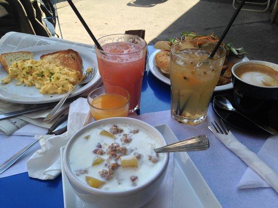 Cafe Crespin: Huevos revueltos y yogur