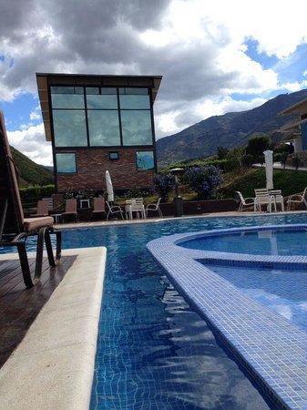 Foto de estancia la vera cruz m rida estancia laveracruz for Piscina climatizada merida