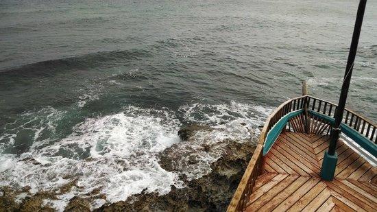 Punta Sur: mar mais grosso